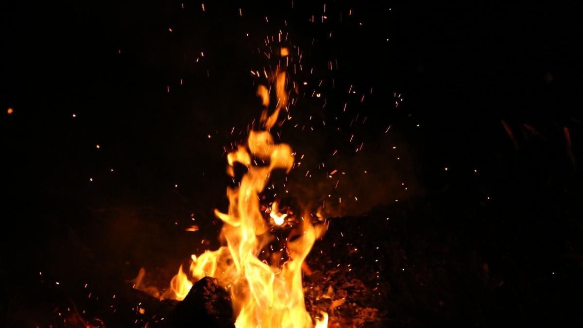 Damals, in der Steinzeit: Das Feuer